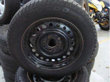 Billede af BMW komplet hjulsæt E34